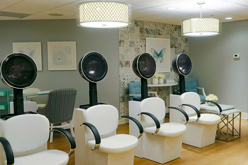 Salon - With the soothing colours and delightful finishes, the only thing that looks better in our Salon is that dynamite haircut and stunning manicure you just received. (Have another glass of cucumber water while you're at it!)